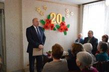 Глава УМР А.Г. Курицин поздравляет жителей с 20-летием Дома ветеранов