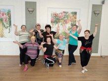 Обаятельные участницы кружка Танцуем вместе